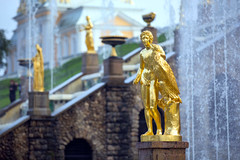 0B9A2717 (AGUI) Tags: travel sculpture water fountain stpetersburg landscape gold europe russia palaces peterhof