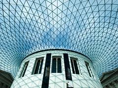 Sunlight in the British Museum (DaveKav) Tags: sun sunlight london sunshine museum curves olympus done britishmuseum e510 ultraherowinner connected2014