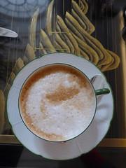 morning coffee (feraldata) Tags: london coffee latte morningcoffee monning