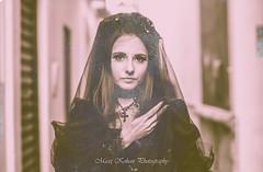 Maxi Kohan (Pandora Beck) Tags: white black flower classic blancoynegro umbrella dark sadness blackwhite doll alicia alice gothic lolita parasol passion gothiclolita melancholia dreariness {vision}:{people}=099 {vision}:{face}=099