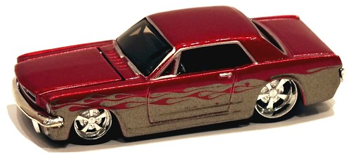 Maisto Ford Mustang 1-64