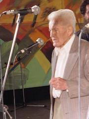 Hernán Núñez  saludando el Encuentro de la Paya, Internacional, Casablanca, V Región, febrero de 2004.