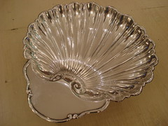 "BIG SHELL FORM STERLING SILVER FRUIT BOWL. • <a style=""font-size:0.8em;"" href=""http://www.flickr.com/photos/51721355@N02/13114243314/"" target=""_blank"">View on Flickr</a>"