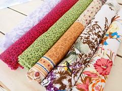 Tecidos março.2 (litllefabricris) Tags: flores cores handmade amor artesanato craft com bolsas tecidos organizadores costura florais feitoamão