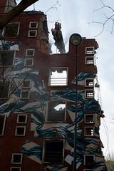 Tour-Paris-13-demolition-10 (unjenesaisquoideco) Tags: streetart dragon paris13 dmolition parisstreetart pantonio grignoteuse tourparis13