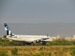 Embraer ERJ-190 PP-PJM (Aeroporto de Montes Claros / Montes Claros Airport) Tags: azul ao vivo moc montesclaros voe sbmk