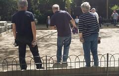 Jardin du Luxembourg . Paris (manu/manuela) Tags: paris france boules jeu jeudeboules jardinduluxembourg ptanque joueurs
