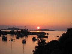 Sunset over St Marys (helbelgu) Tags: isles scilly