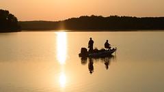 Sunset Fishermen (Maggggie) Tags: sunset sun lake water boat warm fishermen wideangle backlit week25 lakehorton 52in2016