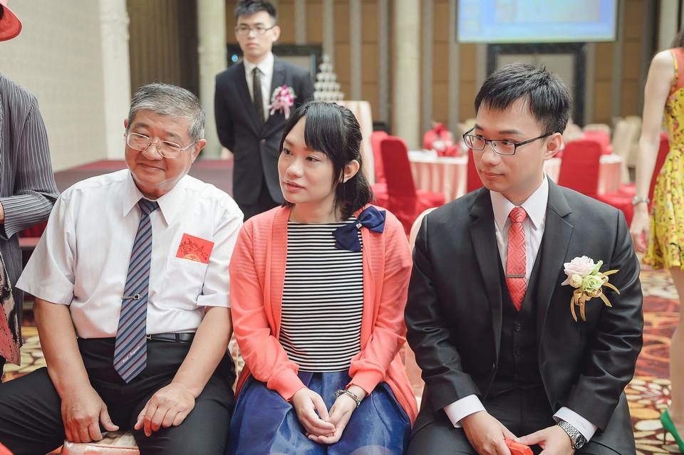 婚禮攝影-台南情定婚宴城堡永康館-18