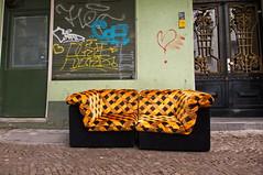 Please take a seat #474 (sterreich_ungern) Tags: door streetart green art abandoned lost graffiti golden closed seat sofa salon deco herz damen 44 nk neuklln rolllden