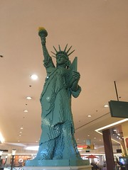 lego statue of liberty. northbrook court june 2016 (timp37) Tags: june statue court liberty illinois lego americana northbrook 2016