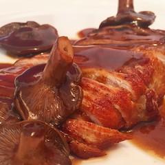 #secreto #iberico #salsa #moscatel #rovellons #ibiza #ibiza2016 #cocina #foodstagram #gastronomy #sabor #t #foodlover #foodgasm #foodpic #foodgood #foodphotography #instafood #instacuina #foodphoto #delicious #gourmet (felipefaouakhiri) Tags: secreto iberico salsa moscatel rovellons ibiza ibiza2016 cocina foodstagram gastronomy sabor t foodlover foodgasm foodpic foodgood foodphotography instafood instacuina foodphoto delicious gourmet
