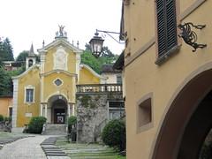 Orta San Giulio (No) --  Chiesa Parrocchiale di Santa Maria Assunta (Sec. XIV) (frank28883) Tags: chiesa salita lagodorta ortasee novara ortasangiulio ortalake lacdorta