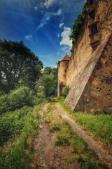Ronneburg... (hobbit68) Tags: ruine verfallen sonne turm burg canon gebude sonnenschein clouds sommer alt fenster himmel outdoor sky old