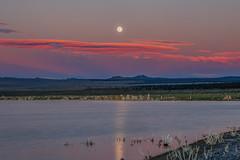 Sunset Moon Rise at Mono Lake (Jeffrey Sullivan) Tags: rights l reserved lakesmono sierramammoth sunrisefullmoonsetthe sunrisehdrphotomatixfullmoonsetthe minaretseastern countycaliforniausalandscapenaturetravelphotographyastrophotographyastronomycanoneos6dphotocopyright2016jeff sullivanjuneall