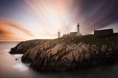 Saint-Mathieu (Tony N.) Tags: france bretagne britanny finistre saintmathieu phare lighthouse smaphore poselongue longexposure clouds nuages d810 vanguard nd110 nikkor1635f4 tonyn tonynunkovics
