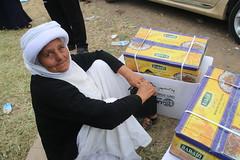 An elder in Sulaymaniyah, Iraq, receives emergency assistance (Ummah Welfare Trust) Tags: poverty children war islam iraq relief hunger muslims humanitarian kurdistan  welfare humanitarianism ummah