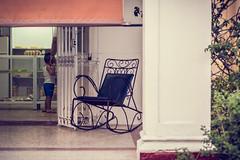 Panadera en el barrio de el Vedado en La Habana (Cuba) (Un par de peras) Tags: people havanacuba cuban panaderia lahabanacuba lahabana lahavana cubanpeople nio kid familytogether familymembers familia family balancn balancncuba