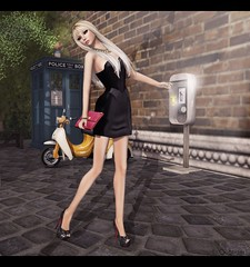 Leverocci - Paneled Patent Dress - Nero (Lila is confused by this layout) Tags: mesh secondlife gos belgravia everglow slink slfashion secondlifefashion slfashionartphotography slbeauty glamaffair secondlifefashionartphotography leverocci laviere lilaquander collabor88 dementeddiva fameshed