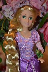 Tagger by ozthegreatandpowerful ! (Girly Toys) Tags: rapunzel doll pascal poupée raiponce et disney maximus flynn rider eugène fitzherbert mère gothel mother collection missliliedolly miss lilie dolly aurelmistinguette girly toys collectible girlytoys