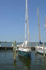 014 (2) (edrahe) Tags: sailboat marina sailing mooring gulfcoast
