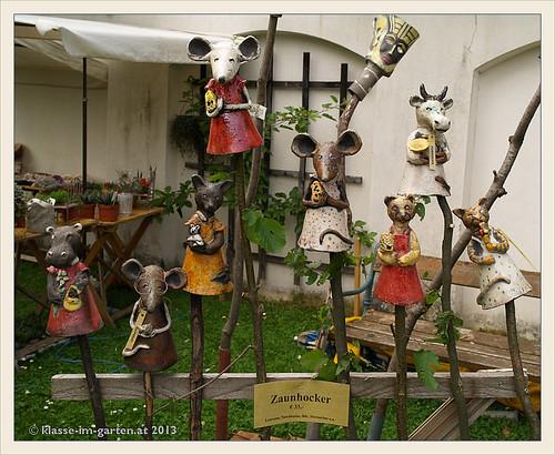 Stift Seitenstetten: zaunhocker bei Gartentage 2013-06