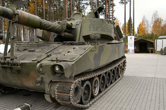 """M109A3GN (1) • <a style=""""font-size:0.8em;"""" href=""""http://www.flickr.com/photos/81723459@N04/9458732856/"""" target=""""_blank"""">View on Flickr</a>"""