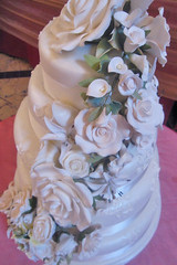White Flower Spray Wedding Cake