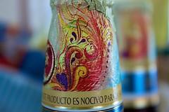 Detalle (Nieri Da Silva) Tags: apple beer closeup mxico canon mexico aperture mexicocity df drink edited cerveza beverage kitlens fridakahlo bebida distritofederal editada mexico cuauhtemocmoctezuma efs1855mmf3556isii eost3i bohemiaweizen editadaconaperture editedinapplesaperture edicinespecialfridakahlo nieridasilva