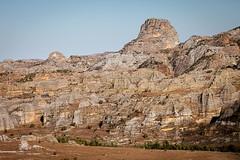isalo-9758 (yukkycakes) Tags: dusty spectacular dry erosion madagascar arid jurassic impressive eroded massif isalo sandstoneformations isalonationalpark longhike ruiniformes arizonalike ihoromberegion