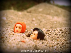 The Doctor and Amy stuck in quick sand