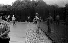 Vietnam War Memorial, Closed, October, 2013 (Victor Stewart) Tags: travel 35mm dc washington trix f25 leicam3 wnikkor