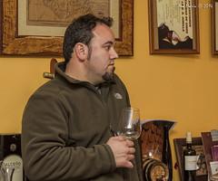 La cata (Gonzalo y Ana María) Tags: españa canon spain anamaría jumilla gonzaloyanamaría fotoencuentrosdelsureste bodegasalceño