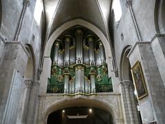 Bordeaux, Gironde: église Sainte Croix (Marie-Hélène Cingal) Tags: france church 33 bordeaux iglesia chiesa organ église orgues sudouest aquitaine gironde églisesaintecroix