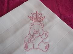 Princesa (leonilde_bernardes) Tags: de artesanato batizado disney bebe artes babys bordados mantas personalizados decoraao hancraft enxovais pinturaemtecido personalizadas artigos enxovaisdecasa lembranaas