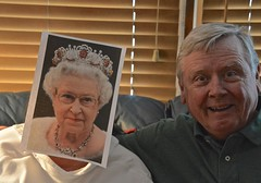 Hangin' Out With the Queen (ricko) Tags: portrait selfportrait me wife kath queenelizabethii werehere mdpd2015 mdpd1502