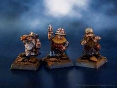 Bolt thrower crew (3 edition) (TheDarkPainter) Tags: warhammer enanos dwarfs gamesworkshop citadelminiatures oldhammer marauderminiatures