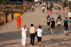 20151127-Cambodia, Siem Reap, Bridge to Angkor (Where in the World are Kate and Ruan) Tags: people orange tourism cambodia monk angkorwat siemreap