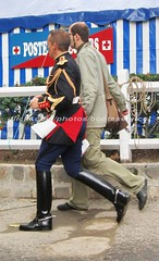 bootsservice 06 0962 (bootsservice) Tags: horse paris army cheval spurs uniform boots military cavalier uniforms rider cavalry militaire weston bottes riders arme uniforme gendarme cavaliers equitation gendarmerie cavalerie uniformes eperons garde rpublicaine ridingboots