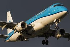 KLM Cityhopper PH-EXG 23-5-2016 (Enda Burke) Tags: man holland netherlands amsterdam canon manchester aviation nederland 7d netherland klm nederlands ams regional manchestercity manchesterairport embraer eham egcc embraer175 avgeek klmroyaldutchairlines klmcityhopper manairport 7dmk2 phexg canon7dmk2 e175std