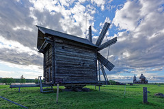 Kizhi Pogost 05 (mpetr1960) Tags: sky mill grass clouds nikon tour russia tourists karelia kizhi d810