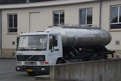 Volvo FL10 Intercooler 360 in Wellenstein Luxemburg 03-06-2016 (marcelwijers) Tags: truck volvo 10 360 camion fl luxembourg luxemburg intercooler vrachtwagen lkw tankwagen vrachtauto wellenstein fl10 03062016