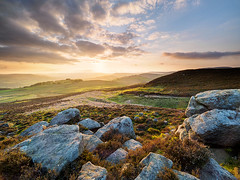 Winyards Nick sunset (Stephen Elliott Photography) Tags: sunset dark evening spring derbyshire peakdistrict nick peak olympus filters nisi hopevalley hathersage em1 714mm winyards