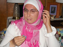 Now where is that confounded pin! (Kunigunde) Tags: pink me hijab pinkhijab tghijabi