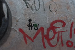 graffitis (bulbocode909) Tags: rouge tessin suisse lugano murs dessins graffitis