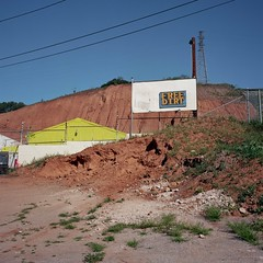 Free Dirt (ADMurr) Tags: blue red green 6x6 film sign rollei la kodak small wires eastside planar ektar eastla