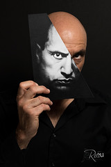 Mussolini... (www.jeanpierrerieu.fr) Tags: autoportrait italie dictateur mussolini décalé wwwjeanpierrerieufr