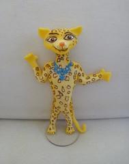 Gia, madagascar 3 (Ateli Cludia Freitas (antigo Biscuit by Taudia) Tags: biscuit gia madagascar gya lembrancinha porcelanafria modelagem madagascar3