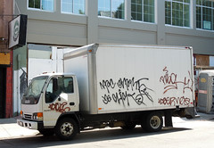 (gordon gekkoh) Tags: sanfrancisco net truck graffiti snare ager frisconeflow